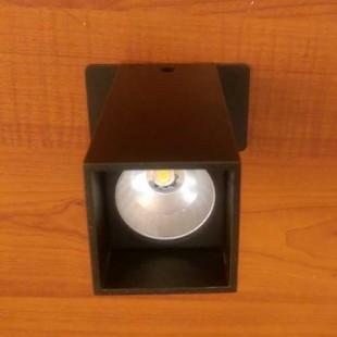 Kare Sıva Üstü veya Lata Arası Spot 2W Led 40×40 mm H 105 mm
